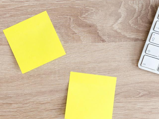 yellow post-its